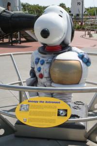 Snoopy_Statue_NASA